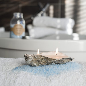 oyster candle badkamer